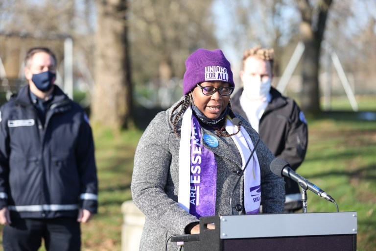 City and SEIU 775 Hold Pop-Up COVID-19 Vaccination Site For Home Health Care Workers